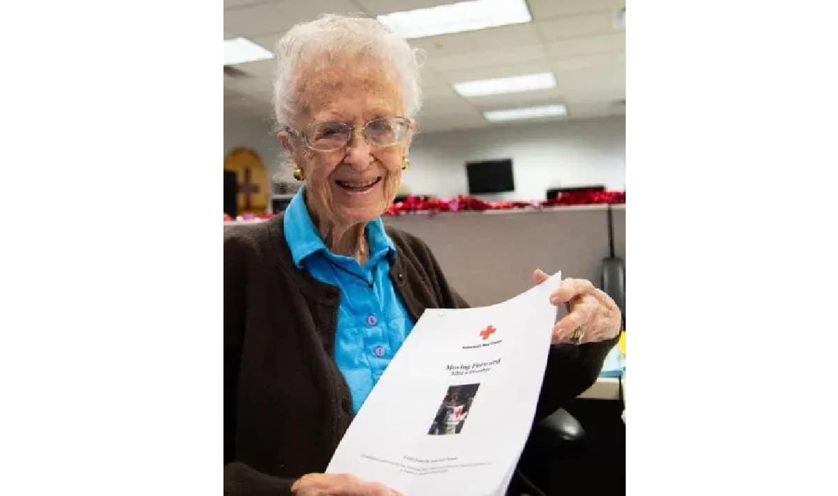 Home Care in Phoenix AZ: Volunteer Betty Grenig
